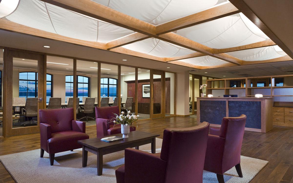 Asset management firm green design truexcullins architecture interior design for Certified interior decorators international