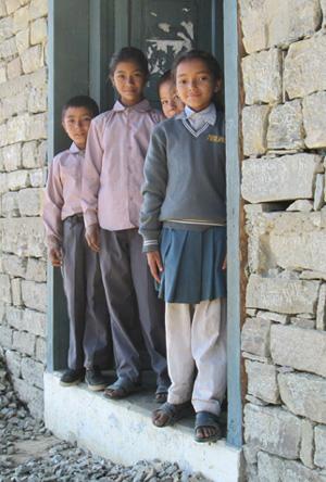 nepal-01_girls