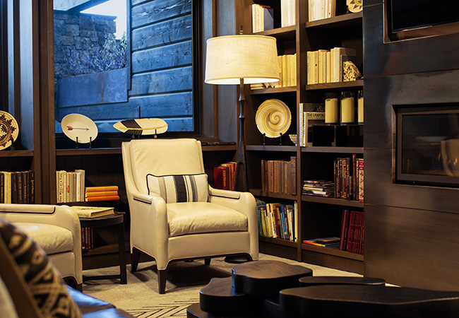 bookshelves_hoteljackson